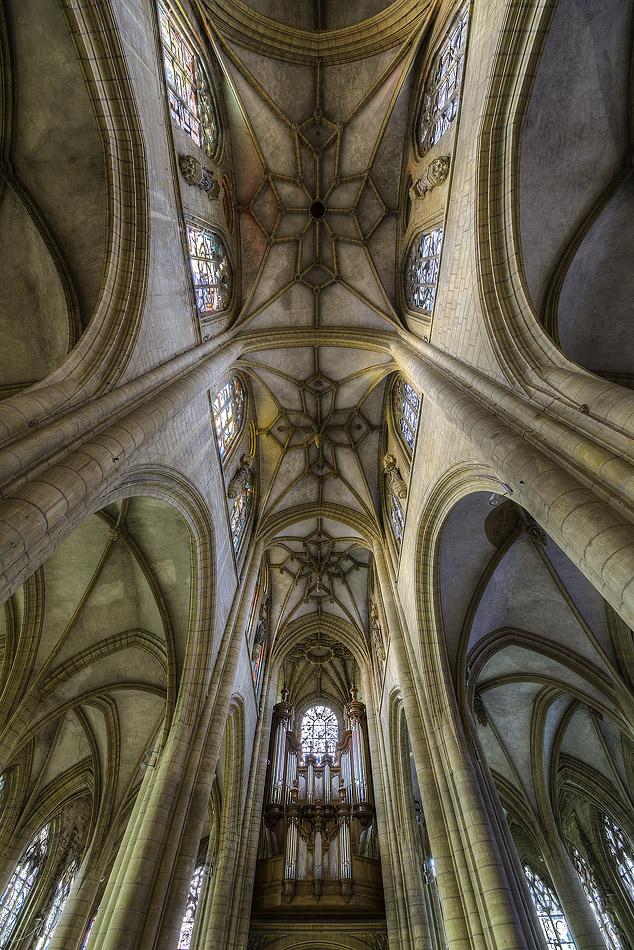 Basilique Notre-Dame-d'Espérance - Charleville-Mézières (08)